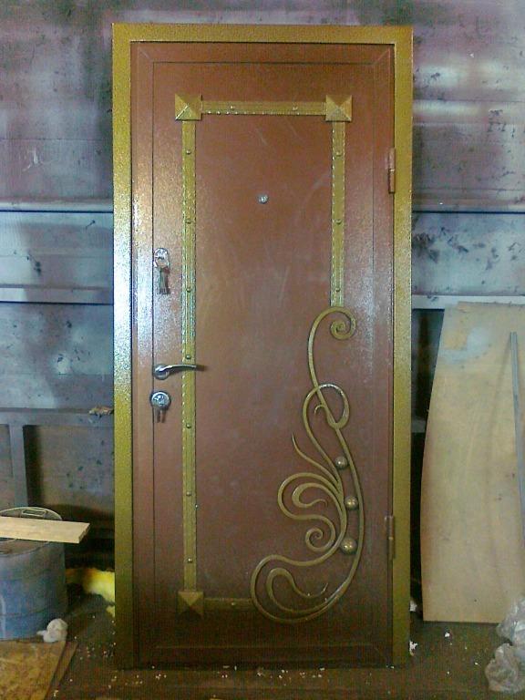 технические металлические двери в подвал в троицке